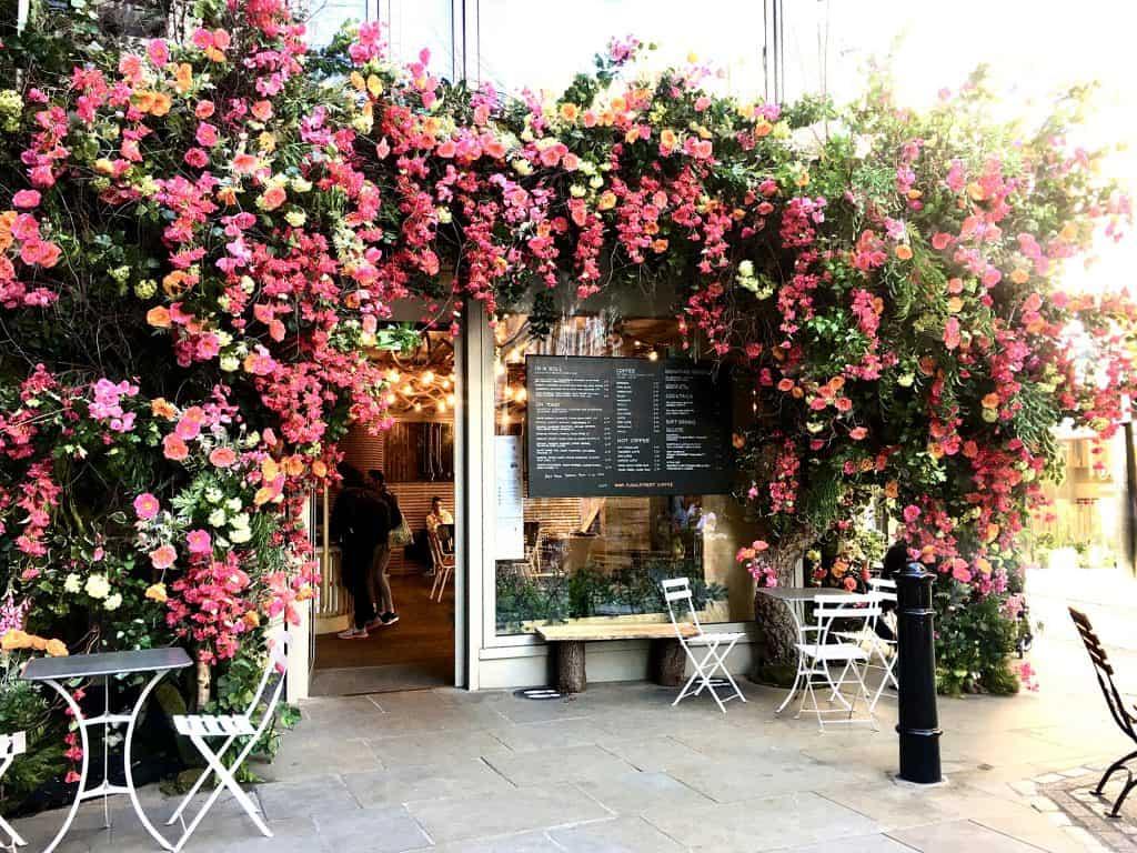 Cafe in Floral street