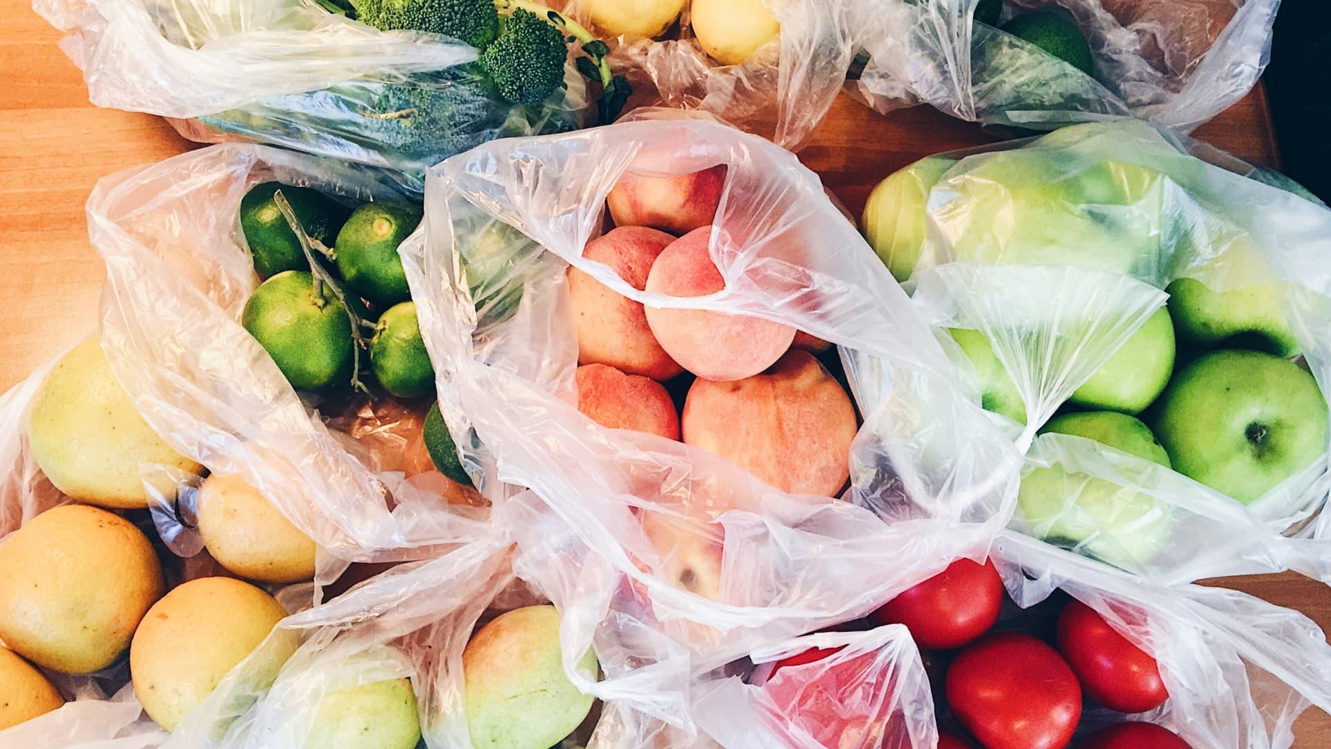best ways to store plastic bags_header