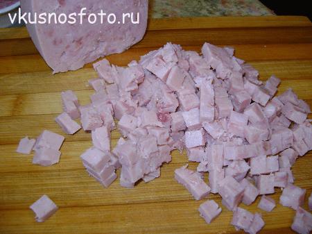 salat-vetchina-s-syirom-retsept