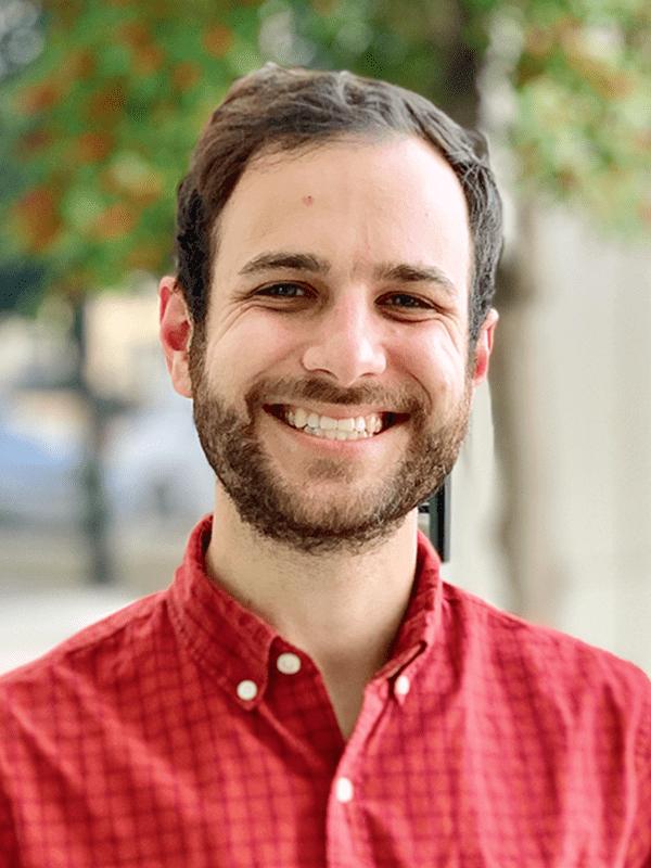 2021 Headshots Web Matt W (1)