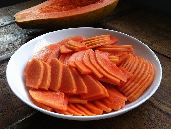 Papaya serving