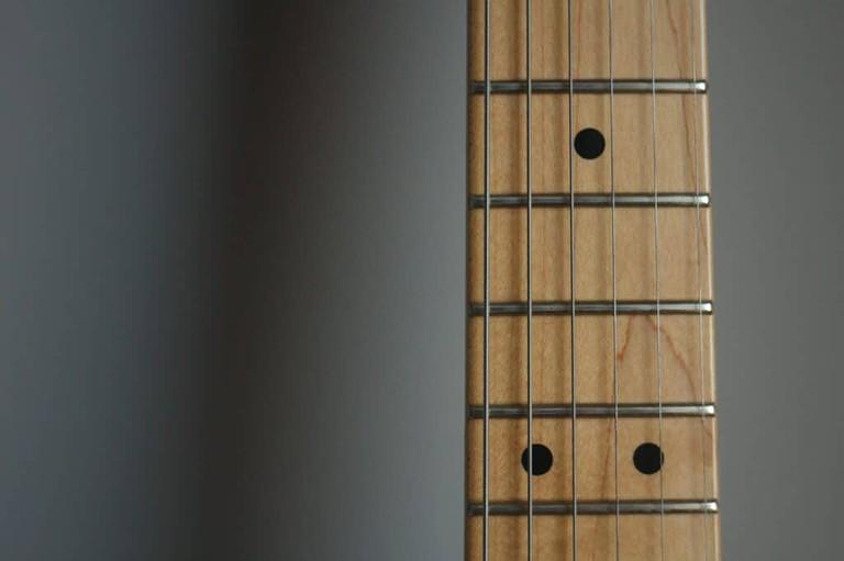 How do I Know if my Guitar Needs a Refret?