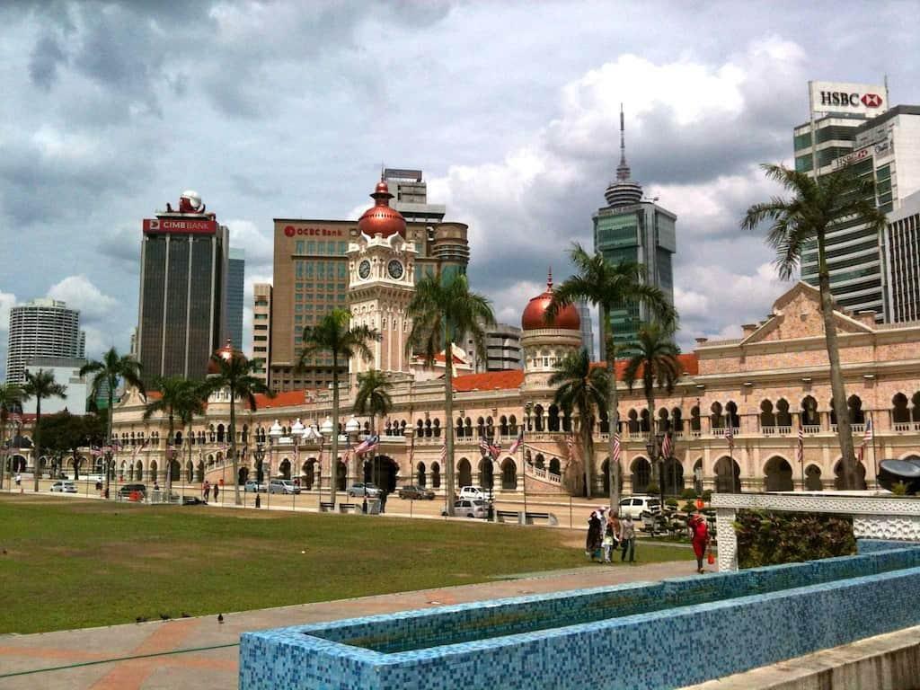 """Platz der Unabhängigkeit (""""Merdeka Square"""") mit Sultan Abdul Samad Building, Kuala Lumpur"""