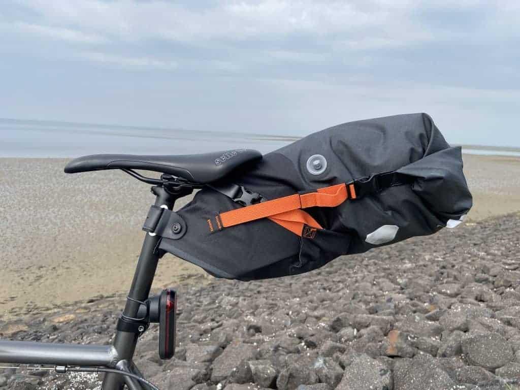 ORTLIEB Seat-Pack am Fahrrad montiert