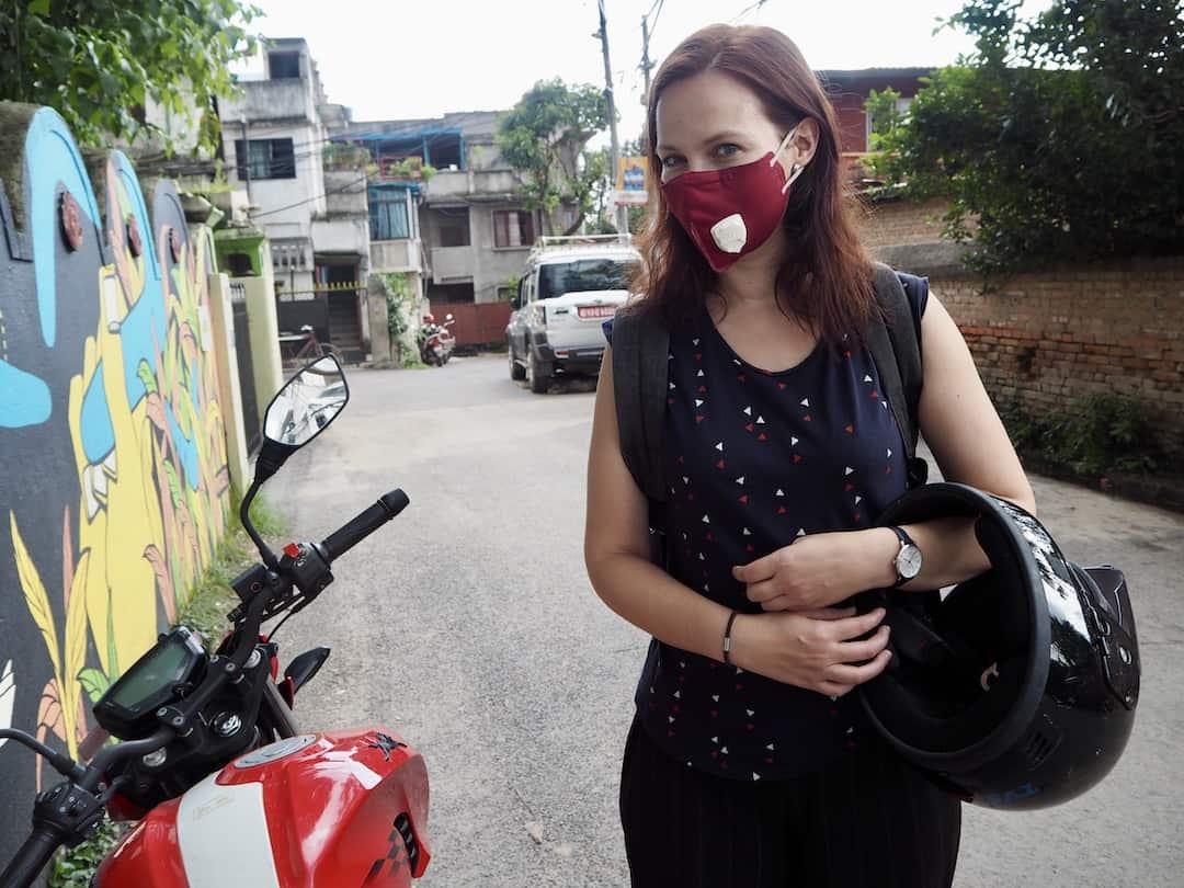 In Kathmandu Nepal trägt man Maske