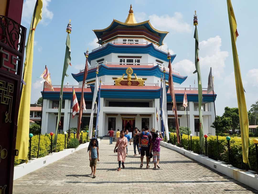 Lumbini Nepal: Der Tempel aus Singapur