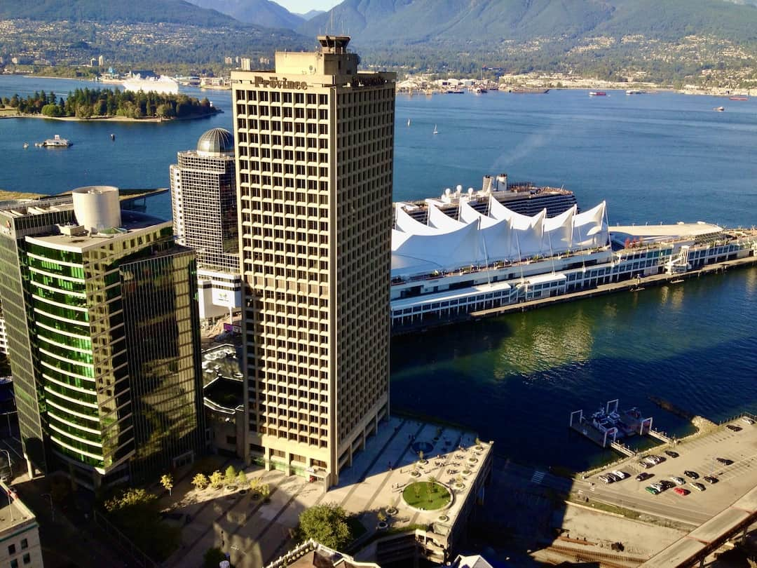 Canada Place vom Vancouver Lookout aus