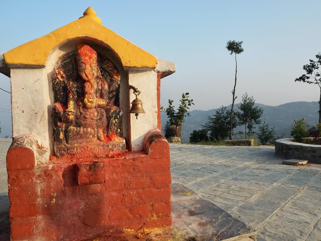 Neben dem Kali-Tempel in Dhulikhel