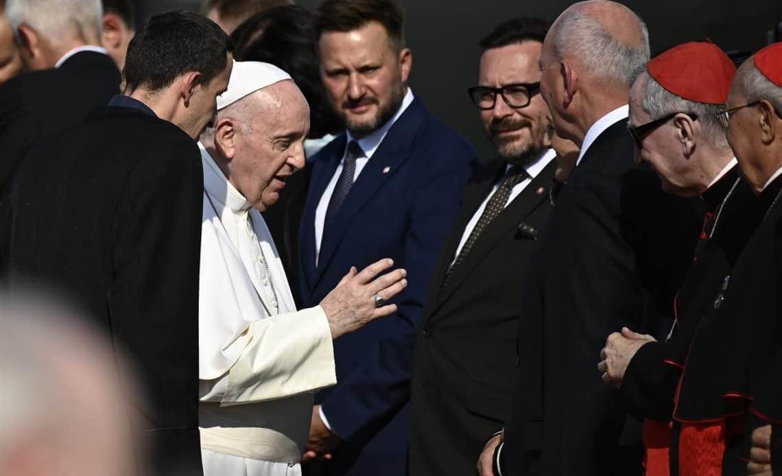 El papa pide en Eslovaquia esfuerzos para una Europa libre de ideologías