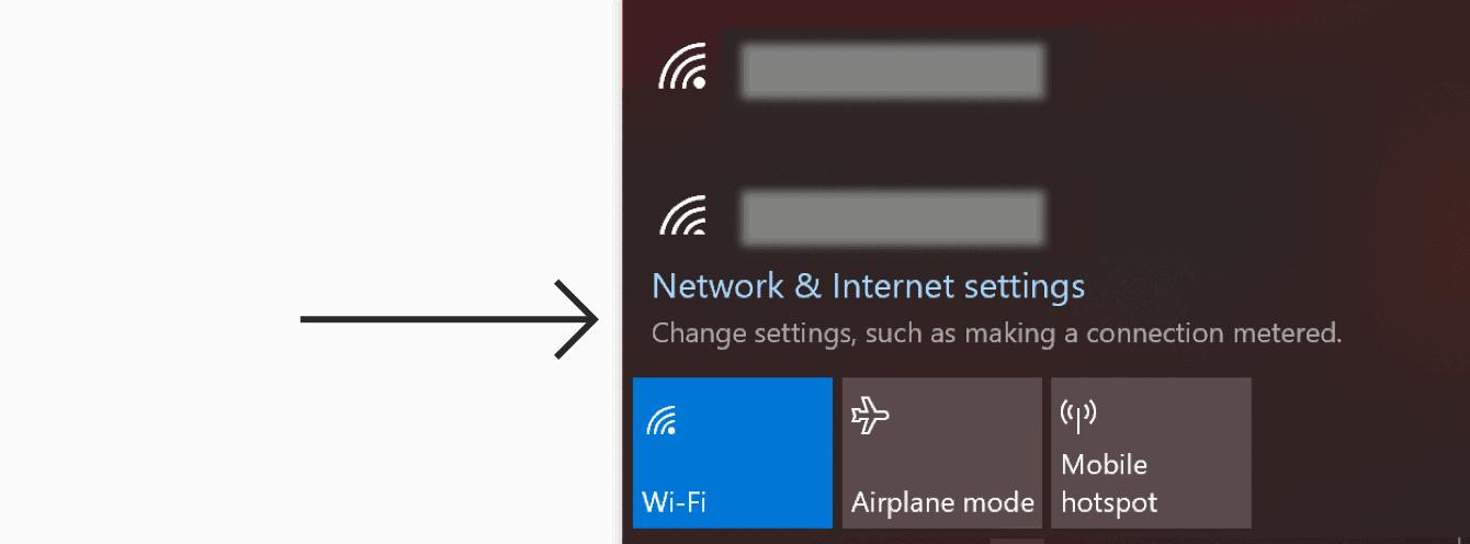 """Clique em """"Configurações de rede e Internet""""."""