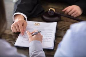 Choosing the Right Colorado Springs Divorce Lawye