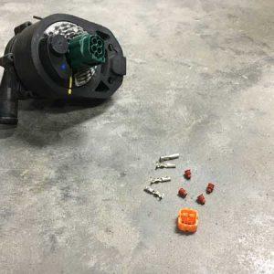 Tesla waterpomp connector set voorbeeld 1