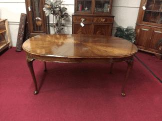 Hickory Chair Mahogany Dining Table