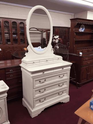 Lexington White Oak Dresser with Mirror