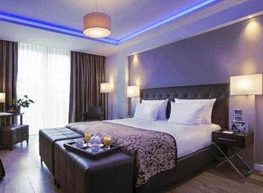 Les chambres d'hôtel permettent des parties de sexe dans un confort total