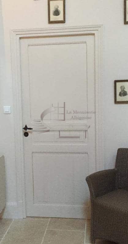 Porte intérieure en bois à Albi