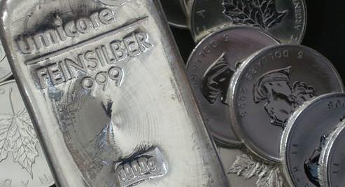 Silbermünzen, Silberbarren, Goldmünzen (Foto: Goldreporter)