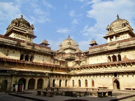 Indien Sehenswürdigkeiten: So schön ist der Jahangir Mahal in Orchha