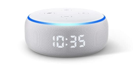 Amazon Echo Dot con reloj