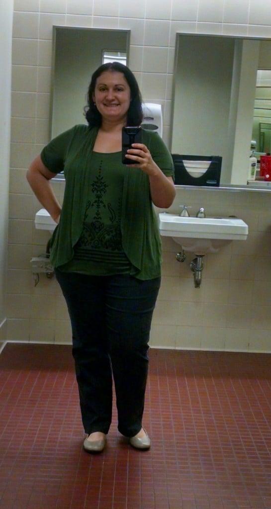 my working mom wardrobe when I returned to work mirror selfie