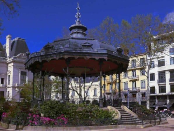 Les lieux de rencontres à Saint-Étienne forment autant d'occasions de croiser son futur plan cul