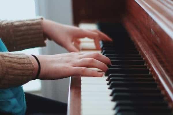 trung tâm guitara dạy piano organ