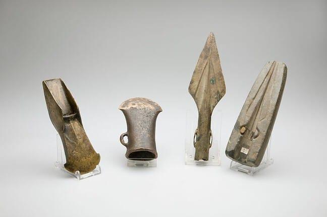 bronzeageweapons