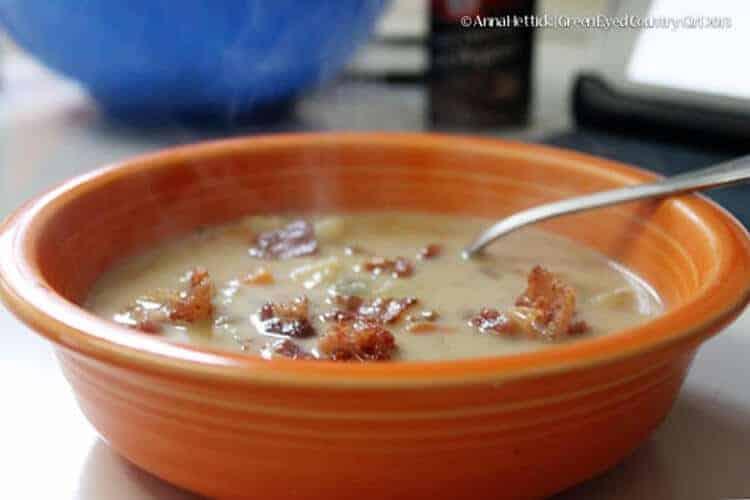 The Pioneer Woman Potato Soup