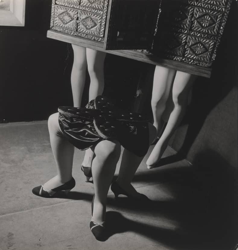 Kurt Seligmann, Ultra-furniture, Photo: Roger Schall