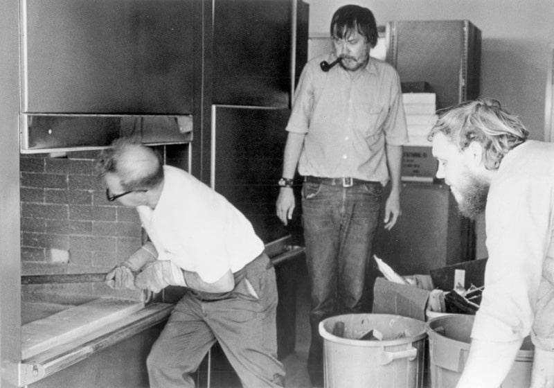 John Baldessari, The Cremation Project (1970)