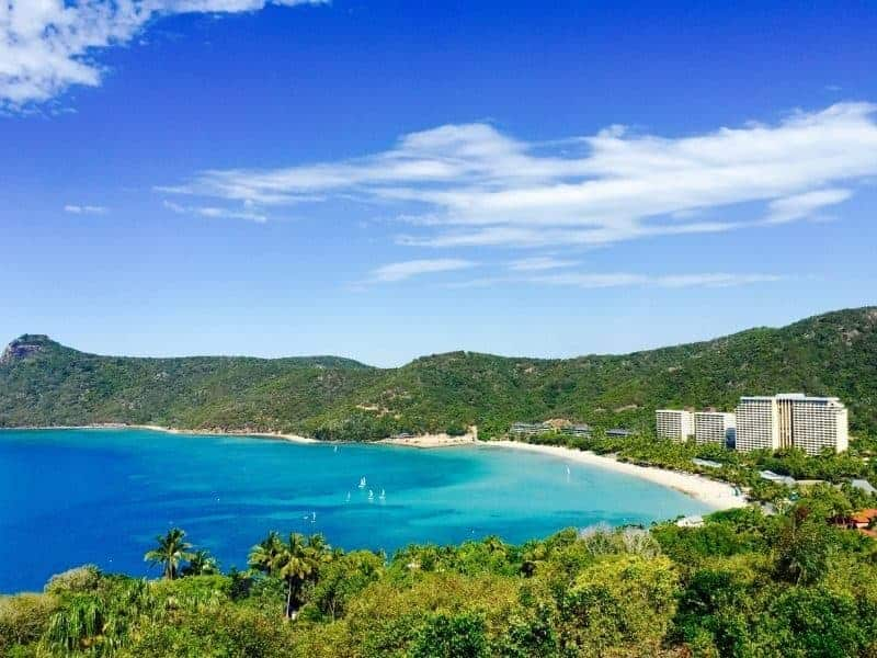 Catseye Beach at Hamilton Island with the Reefview Hotel