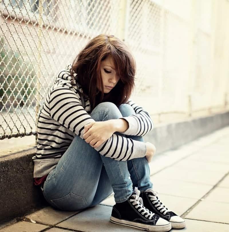 teen girl with PTSD