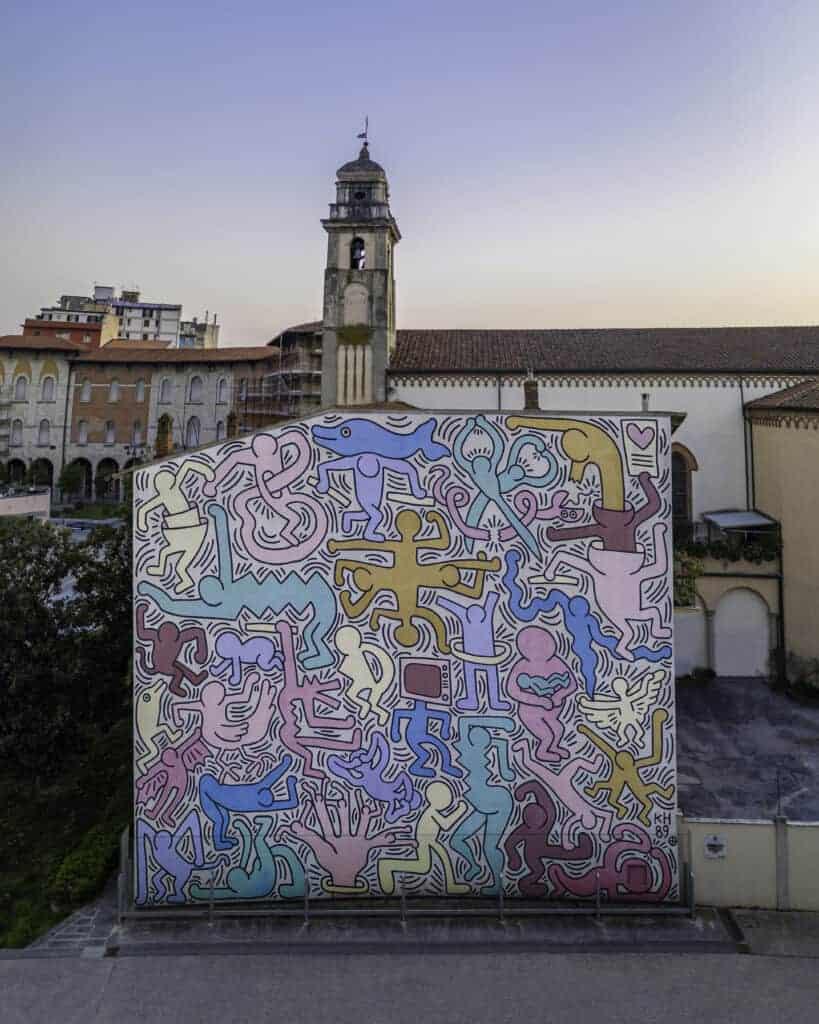 Keith Haring pattern artist