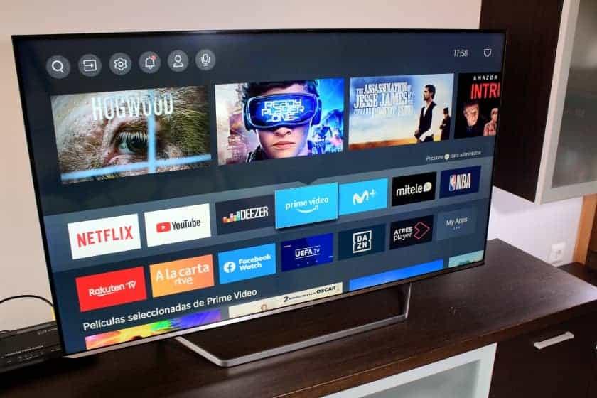 VIDAA U 4.0 Smart TV Hisense ULED U7QF - U71QF