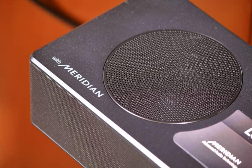 Barra de sonido LG SPD7Y con sonido Meridian Audio