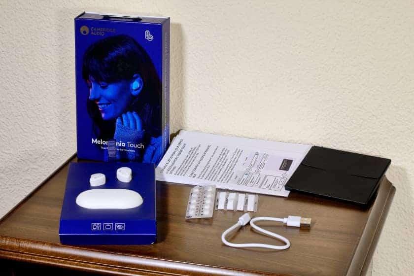Accesorios incluidos con los auriculares Melomania Touch