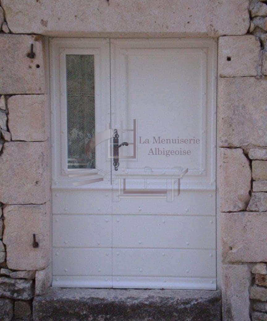 Porte bois avec semi fixe vitré