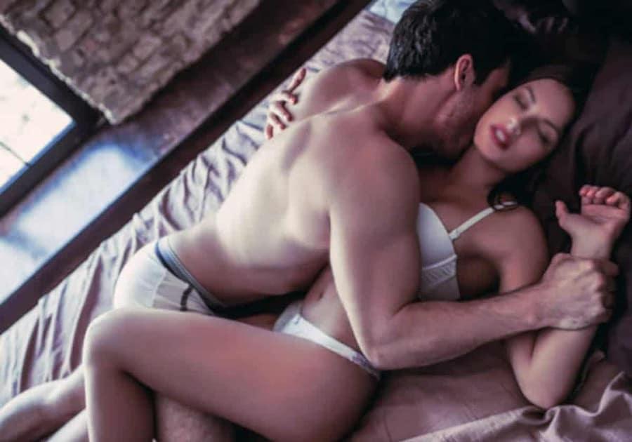 Être libertin permet de coucher avec les plus belles femmes, et qu'importe qu'elles soient en couple ?