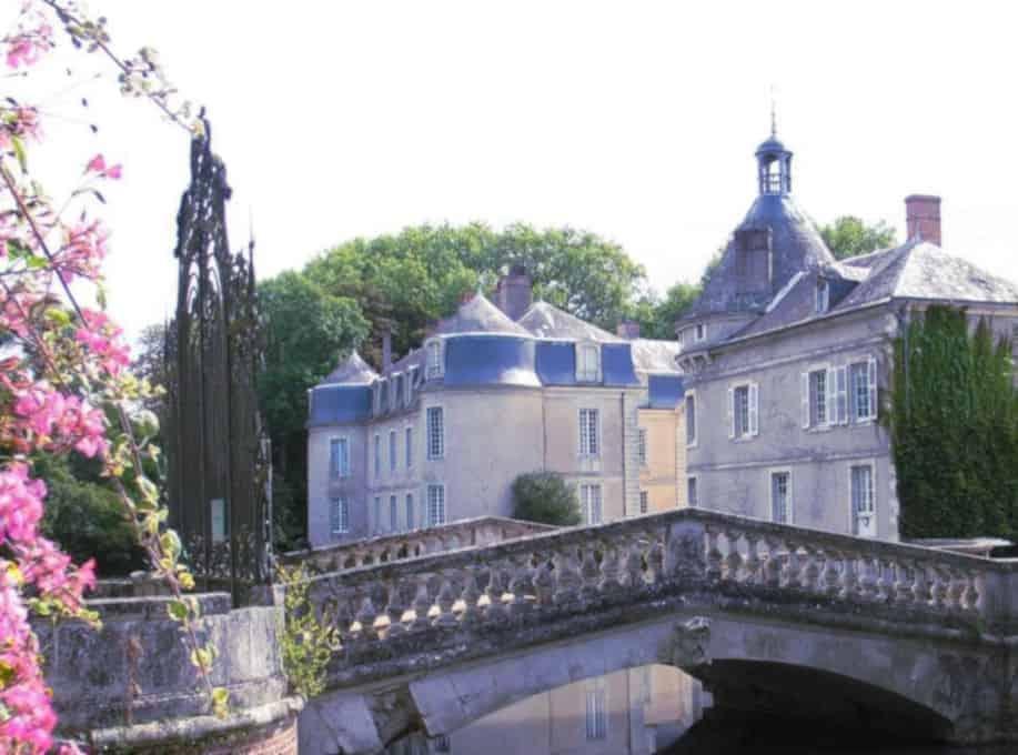 Petites annonces candaulistes dans les Pays de la Loire