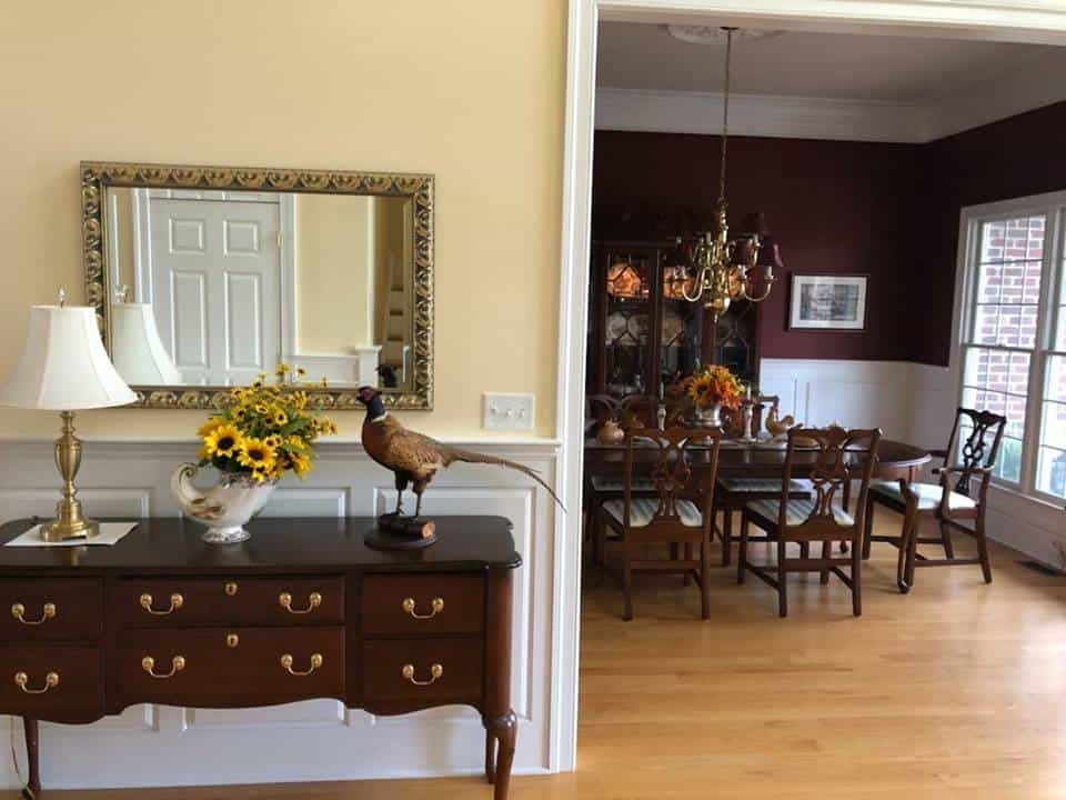 pre-owned Harden Furniture