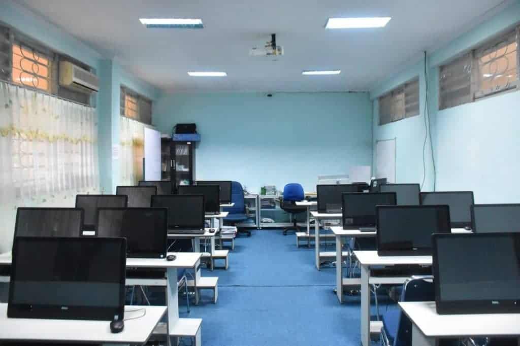 Laboratorimum Multimedia FIB Universitas Hasanuddin