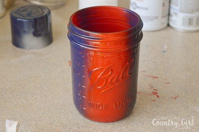 Easy DIY Painted Mason Jar Center Piece Craft perfect for holidays, bbqs, parties, showers, weddings, anything really!