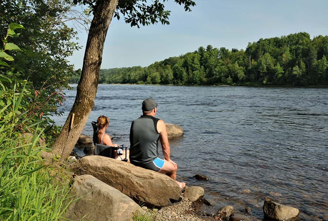 Magnificent and relaxing river at Camping Lac-Saint-Michel
