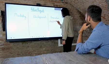 fluidité de l'écriture avec l'écran tactile SuperGlass